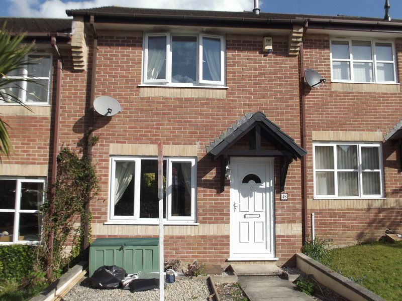 Edwards Crescent Latchbrook