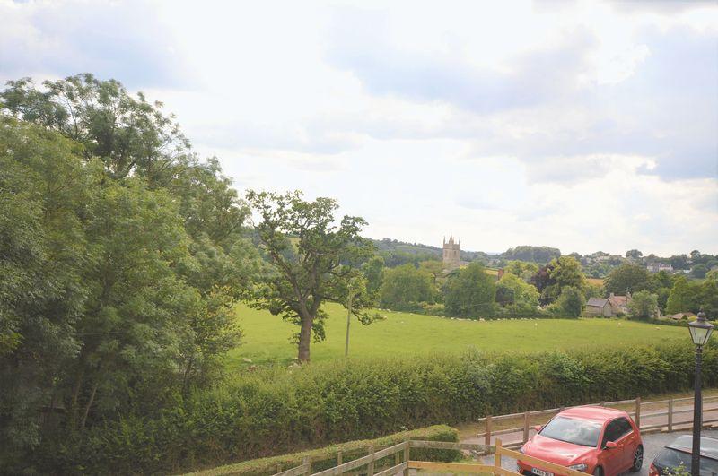 Peats Hill Publow