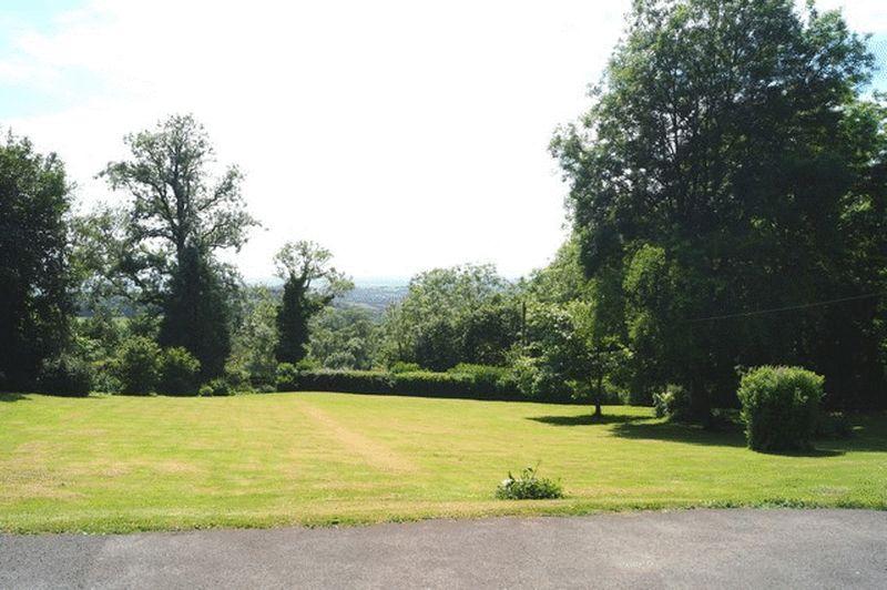 Rookham Hill Rookham