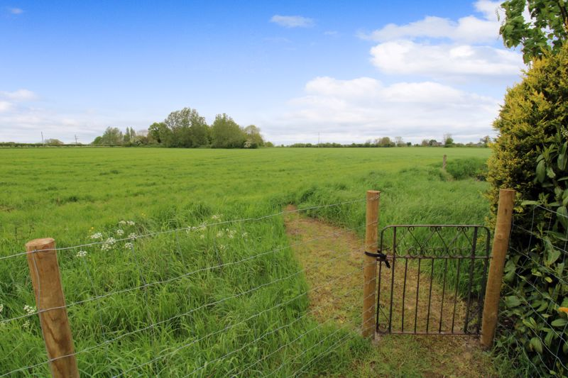 Gate to field