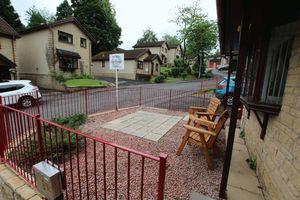 Helenslee Crescent, Kirktonhill