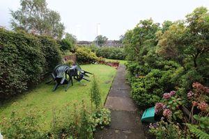 Laudervale Gardens