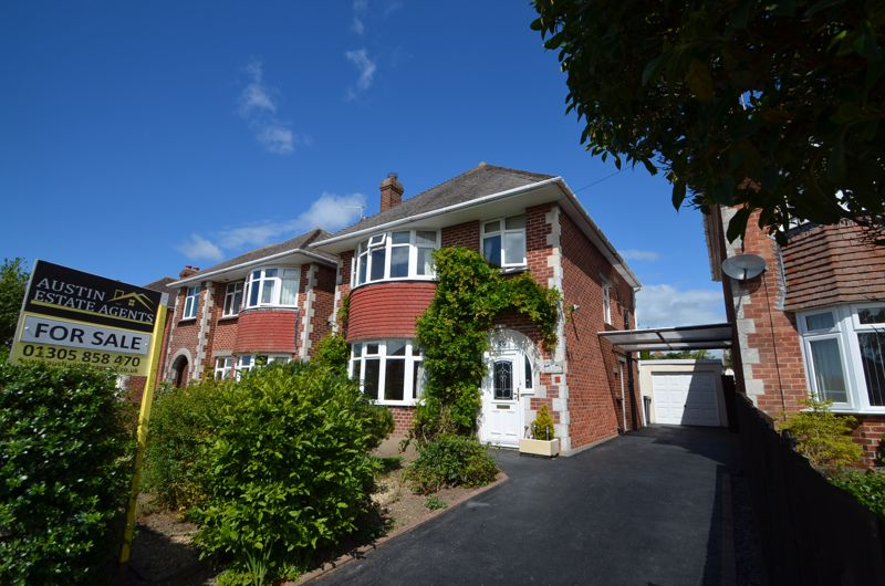 Property for sale in Beaumont Avenue, Weymouth