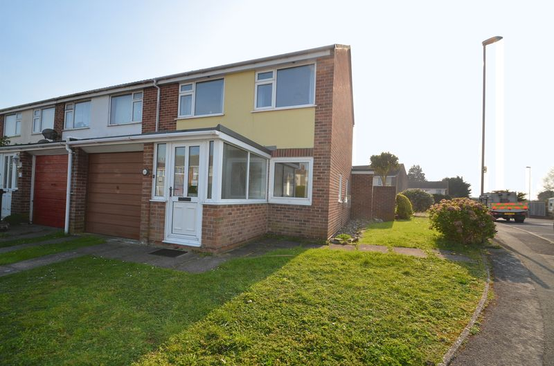 Property for sale in Southfield Avenue, Weymouth