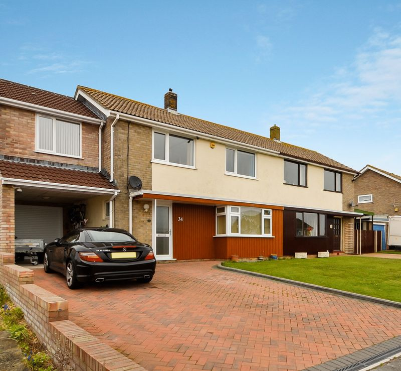 Property for sale in Chafeys Avenue Southill, Weymouth