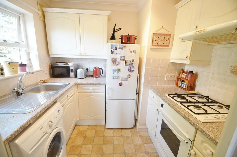 2 Melcombe Avenue, Weymouth