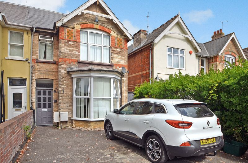 Property for sale in 44 Avenue Road, Weymouth