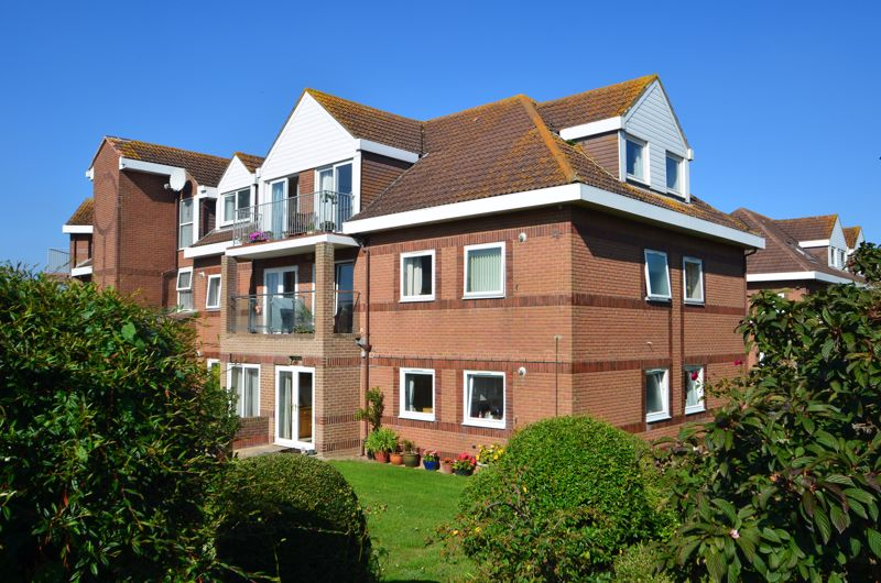 Property for sale in 2 Heron Close Preston, Weymouth