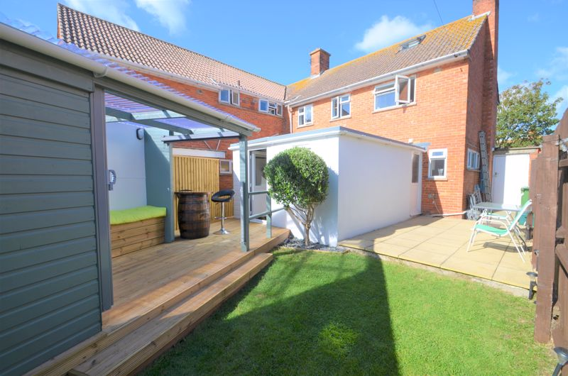 Property for sale in Lincoln Road, Weymouth