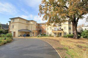 Gifford Lodge 25 Popes Avenue