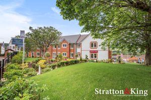 South Lawn, Sidford