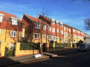 4 Brambledown Road