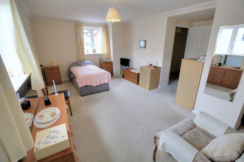 Osbourne Lodge, Poole Road