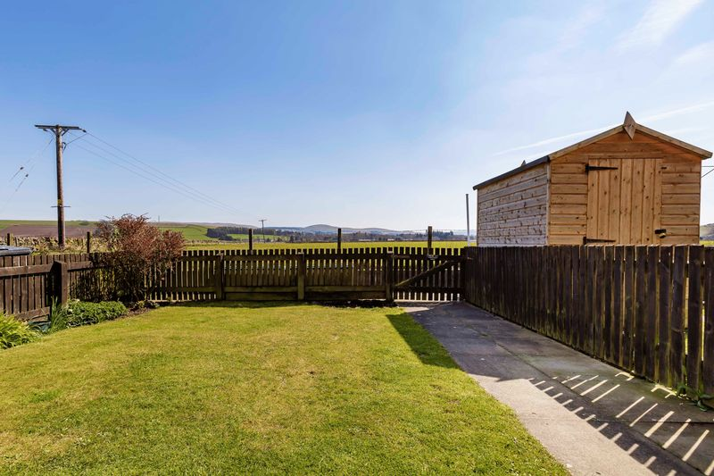 Rear Garden & Open Aspect View