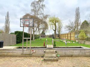 St. Giles Close Wendlebury