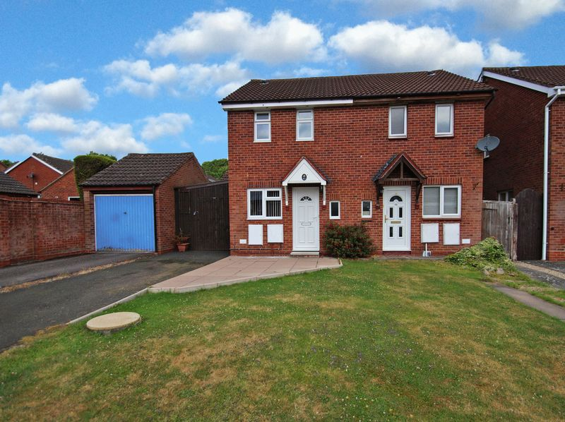 2 Bedrooms Property for sale in Tidbury Close Walkwood, Redditch