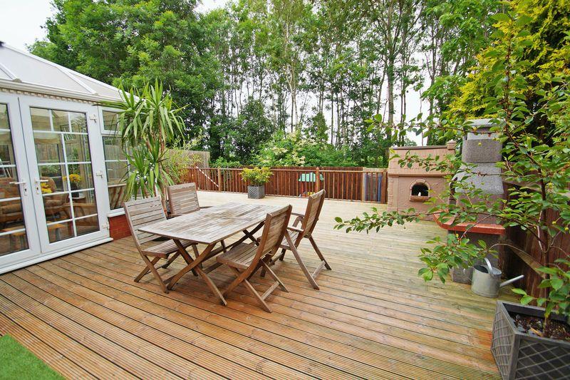 Moorcroft Gardens Walkwood
