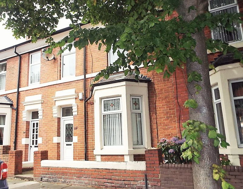 4 Bedrooms Property for sale in Queen Alexandra Road, North Shields