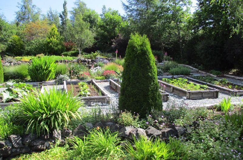 Kensaleyre Park, Rhenetra
