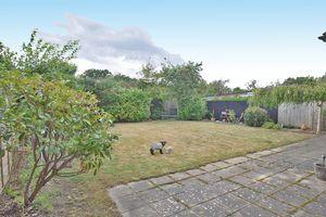 Rosemead Gardens Headcorn