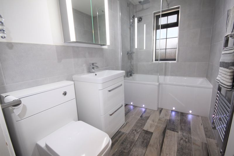RE-FITTED GROUND FLOOR BATHROM
