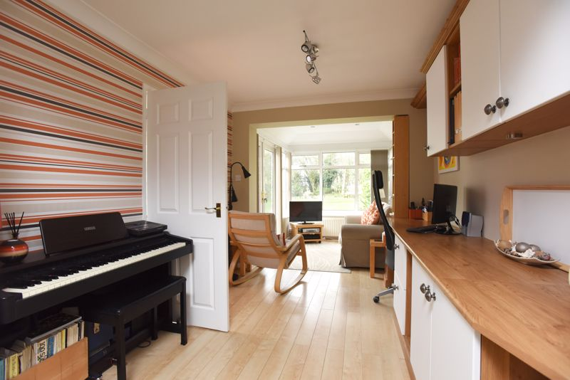 LOUNGE to CONSERVATORY