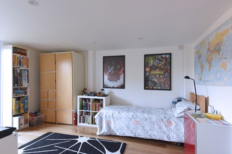 BEDROOM 4/STUDY/PLAYROOM