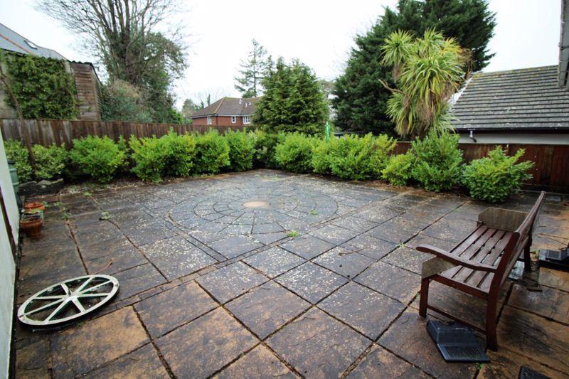 Surrey Gardens Westbourne