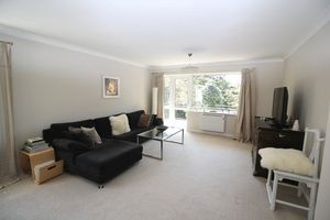 8 The Avenue Branksome Park