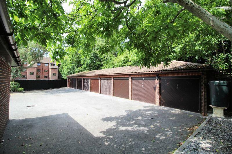 45 Lindsay Road Branksome Park