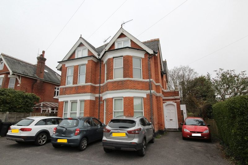 1 Groveley Road Westbourne