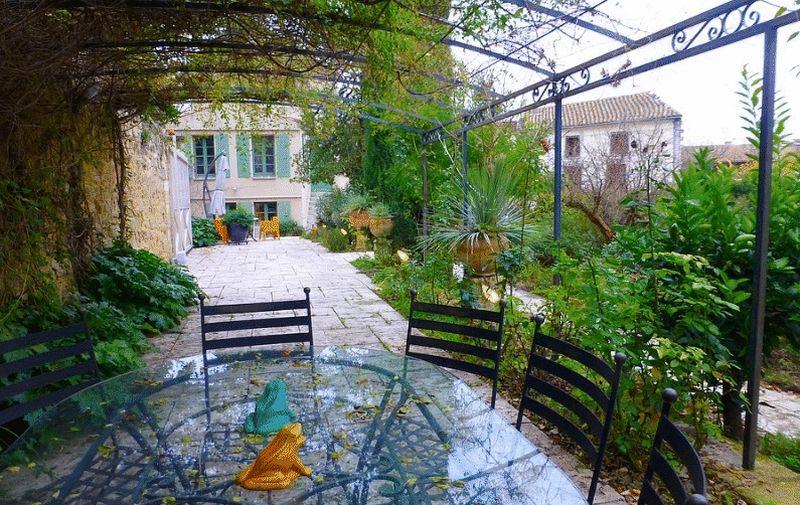 Uzes, Gard