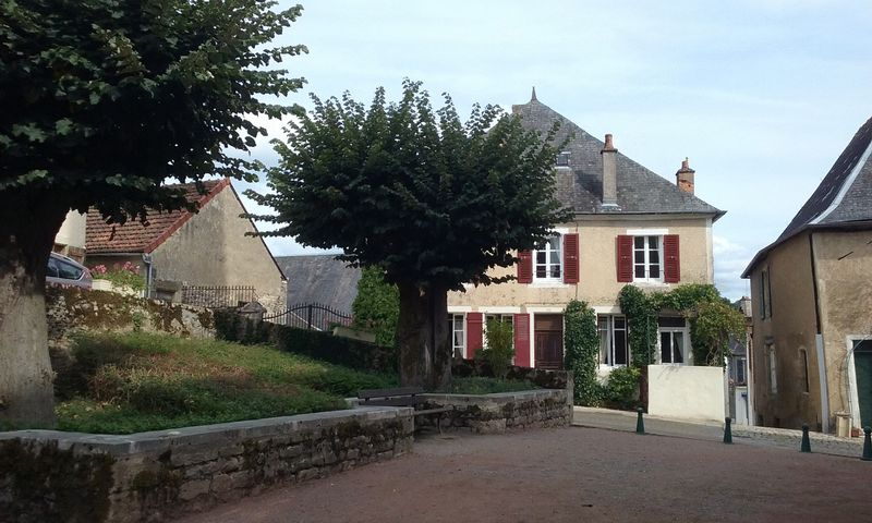 Moulins-Engilbert, Nièvre