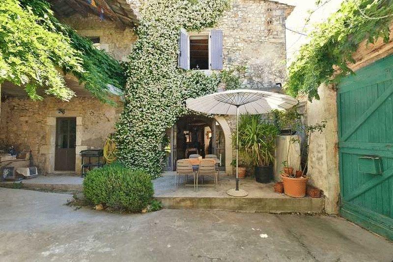Sainte-Anastasie, Gard