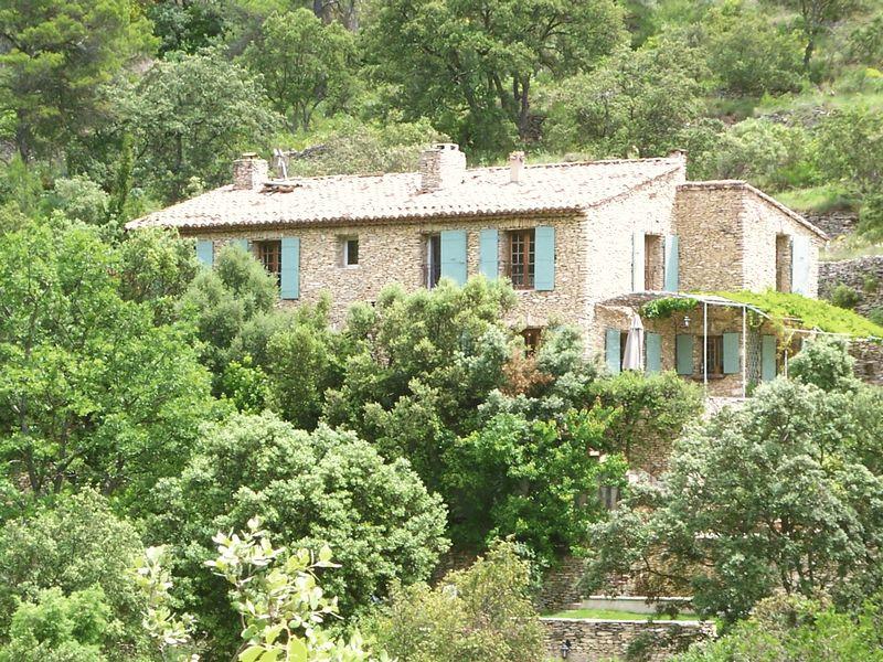 Near Saumane-de-Vaucluse, Vaucluse