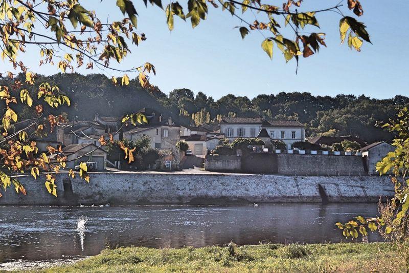 Saint-Seurin-de-Prats, Dordogne