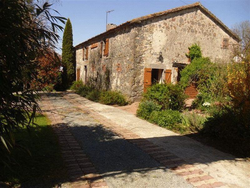 La Chataigneraie, Vendee