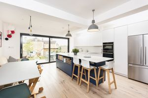 Open Plan Family/Dining/Kitchen