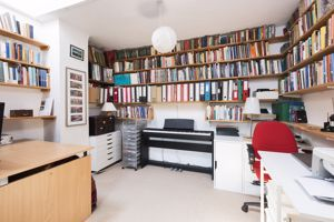 En-Suite Study/Bedroom Four