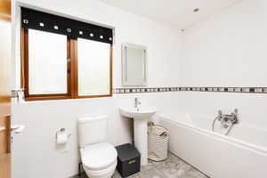 Bathroom / Shower Room Ensuite