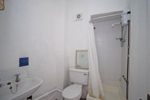 Internal Shower Room