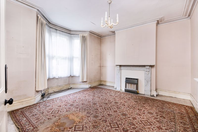 Large Sitting Room With Period Fireplace