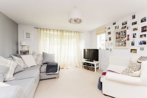Large Open Plan Living Accommodation