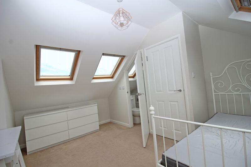 Loft Bedroom & En-Suite