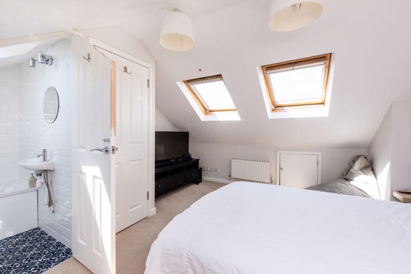 Guest Bedroom With En-Suite