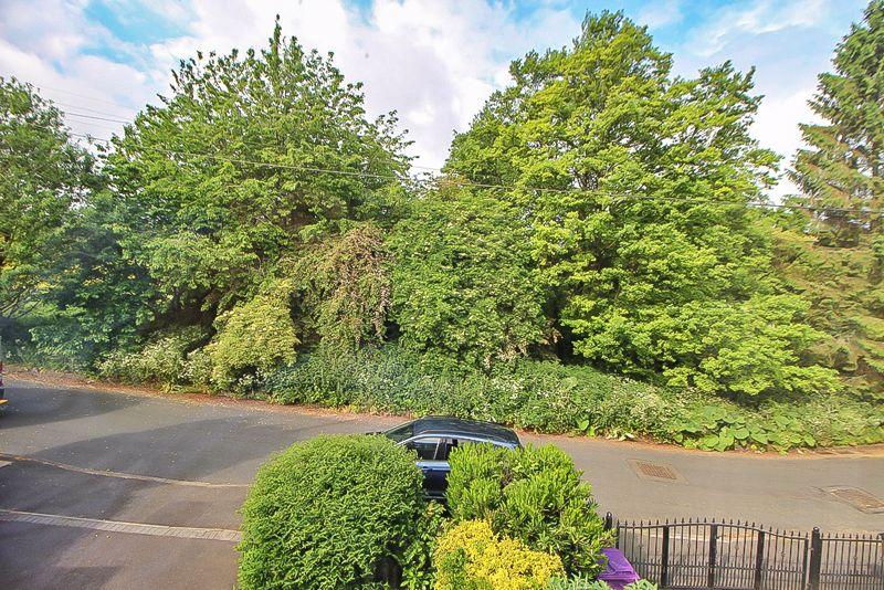 Rodway Close Ettingshall Park