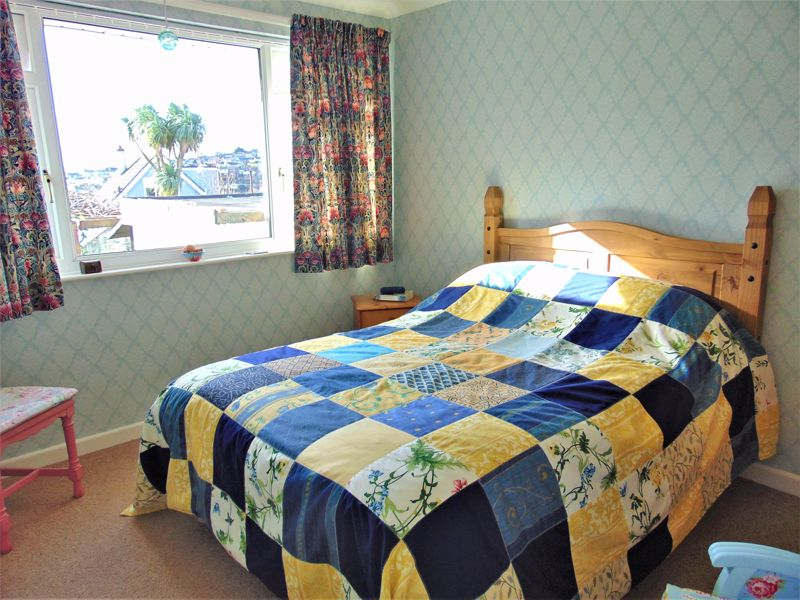 Second Bedroom With Bright Aspect