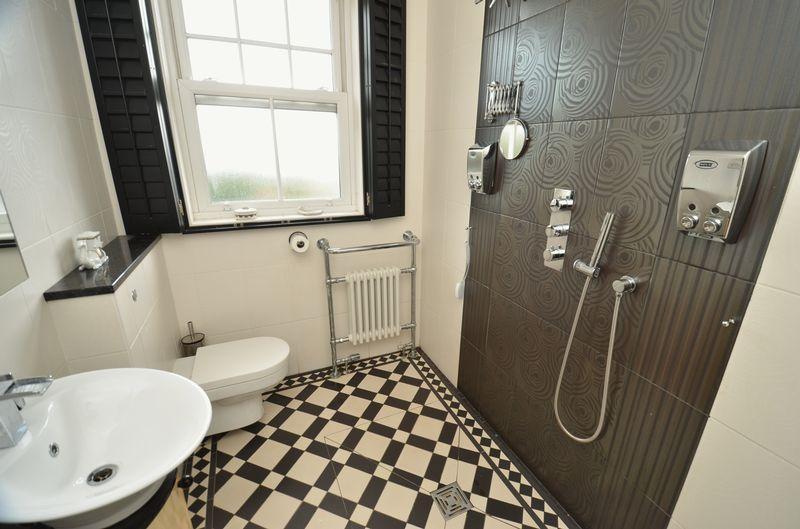 Shower/ Wet Room