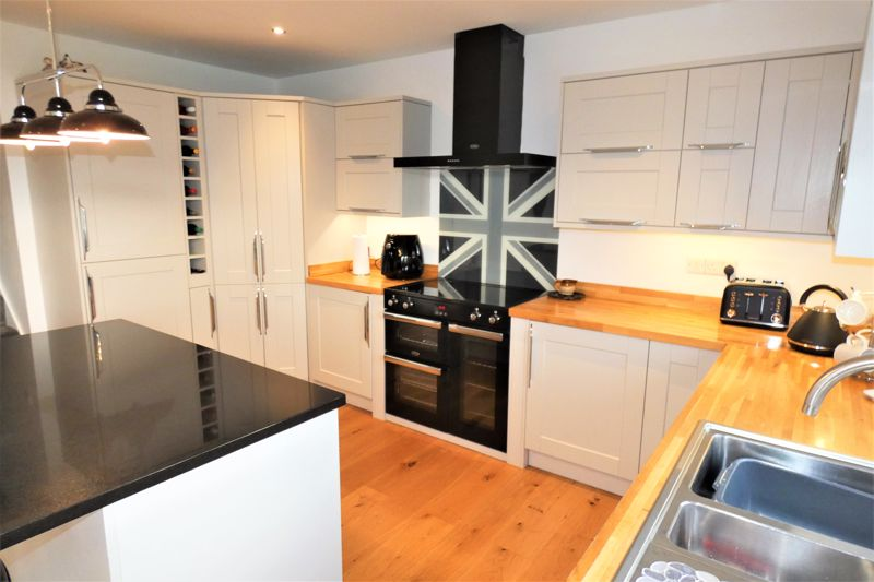 Modern Kitchen With Range Style Cooker