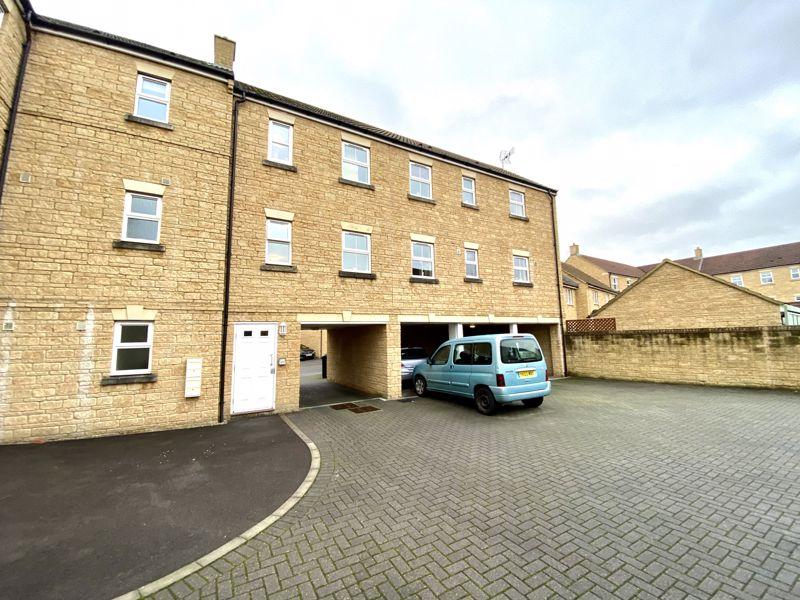 External And Carport